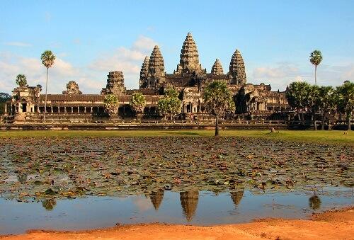 Voor rondreizen Cambodja geldt dat een bezoek aan de Angkor Wat tempel in Siem Reap niet mag ontbreken!