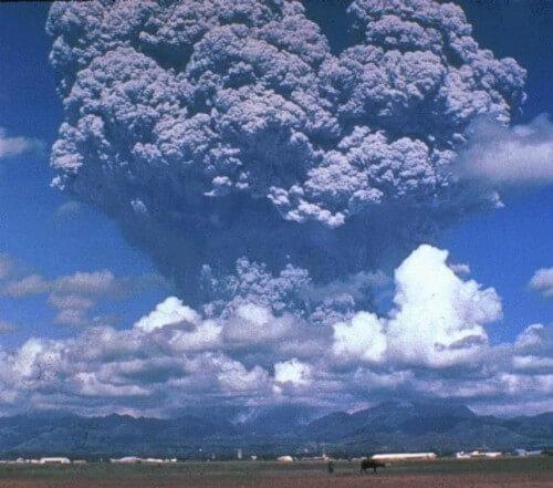 Uitbarsting Mount Pinatubo Vulkaan in 1991 - Luzon, Filipijnen