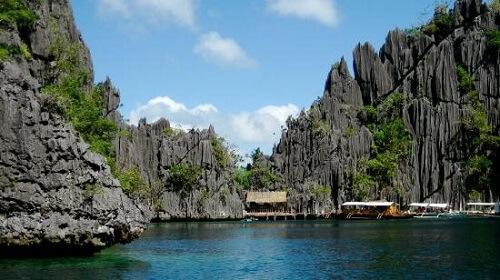 Entree Barracuda Lake - Coron Island, Palawan, Filipijnen