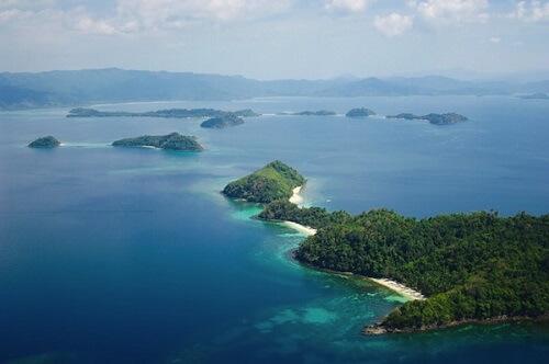 Luchtfoto Honda Bay - Puerto Princesa, Palawan, Filipijnen