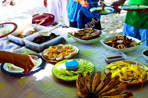 Picknick lunch in de Honda Bay - Puerto Princesa, Palawan, Filipijnen