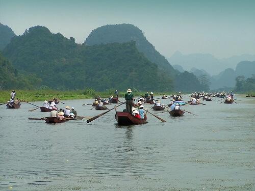 Yen River, per roeiboot naar de Perfume Pagoda - Vietnam